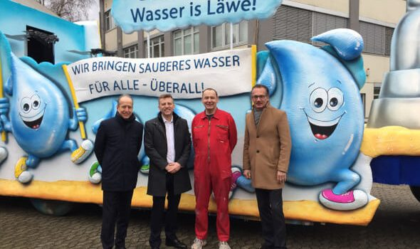 Der Zoch kütt' – Grundfos mit eigenem Wagen beim Düsseldorfer Rosenmontagszug