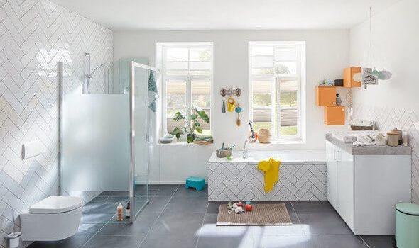 Platz da – Ein Bad für Viele